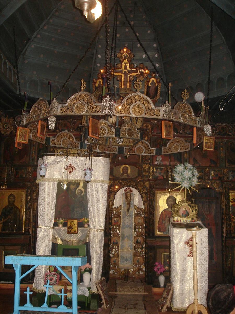 Biserica - interior