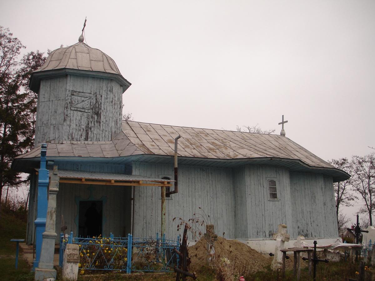 Biserica - exterior